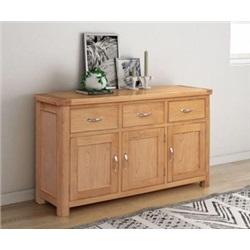 chatsworth Oak 3 door 3 drawer sideboard