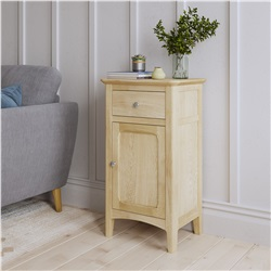 Hudson Oak single sideboard with drawer