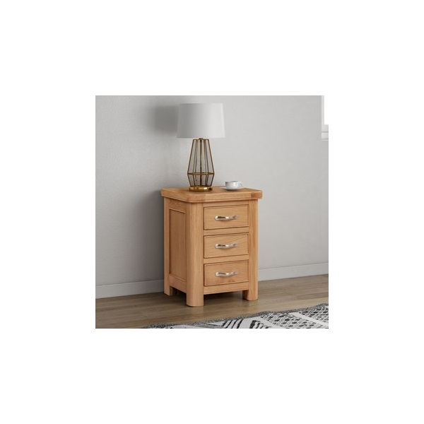Chatsworth Oak Bedside chest with 3 drawer